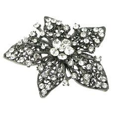 Large 3 White Crystals Rhinestones Black by FancyGemsandFindings, $25.00 Crystal Rhinestone, Rhinestones, Retro Vintage, Brooch, Crystals, Flower, Jewelry, Black, Jewlery