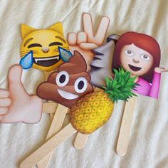 Holeh Pocket: [DIY] Emoji Signs
