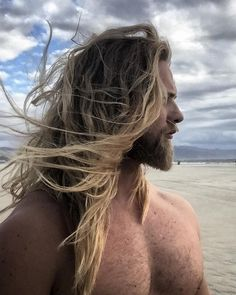 "Lasse L. Matberg on Instagram: ""#surfsup #venicebeach #beachlife"""