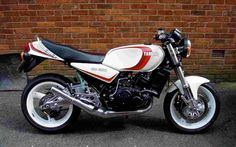 my bike shes in bits at moment having a total rebuild . when shes done wow what fun . Yamaha Motorbikes, Yamaha Bikes, Vintage Motorcycles, Cars And Motorcycles, Custom Sport Bikes, Custom Cars, Hot Bikes, Honda Cb, Classic Bikes
