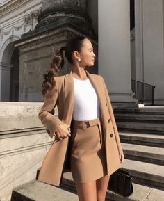 Office look - fashion - # dress - Business Outfits for Work Blazer Outfits For Women, Cute Casual Outfits, Stylish Outfits, Casual Dresses, Long Dresses, Simple Dresses, Classy Chic Outfits, Beautiful Dresses, Classy Dress