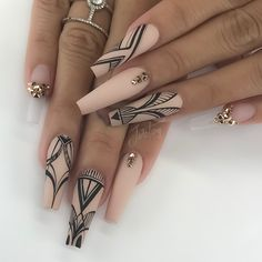 Cristina came all the way from HOTlanta to see me. Thank you so much for your love & support - Sculpted Acrylic Nails - Nail inspo Classy Nails, Stylish Nails, Bling Nails, Swag Nails, Nagel Bling, Nagellack Design, Fire Nails, Best Acrylic Nails, Dream Nails