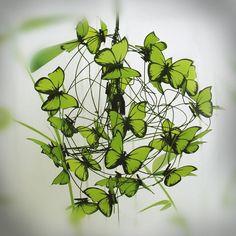 """Lámparas de techo - Lampara con mariposas """"Verde que te quiero verde"""" - hecho a mano por Marcela-Delacroix en DaWanda"""