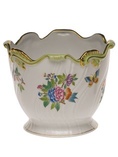 Order Herend Ribbed Cachepots and all Herend Cachepots_Herend Mini Cachepots online from FX Dougherty Home & Gift Vases, China Painting, Antique China, China Dinnerware, Queen Victoria, Porcelain Ceramics, Home Gifts, Fine China, Pottery