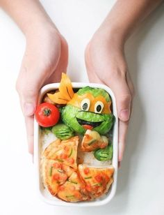 How to decorate vegetables so that children eat everything Cooking For Two, Fun Cooking, Healthy Cooking, Cooking Recipes, Healthy Recipes, Cooking Videos, Cooking Tools, Healthy Foods, Cooking Cake