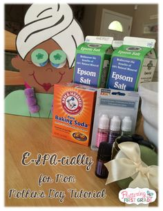 A Bath Salt Station Tutorial e-SPA-cially for Mom...Just in time for Mother's Day! Super easy and the kids love getting their hands in the mix!