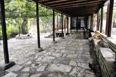Δημήτρης Πικιώνης, Ο χώρος γύρω από τον Λουμπαρδιάρη