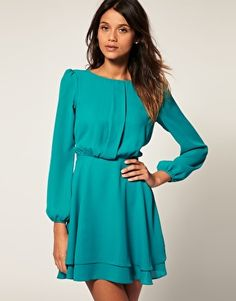 i love dresses with sleeves