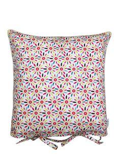 Concept Coussin Couverture Sweet Dream, existe dans tous mes motifs Miniyou.  Le coussin se transforme en couverture, motif exclusif, fabriqué en France.