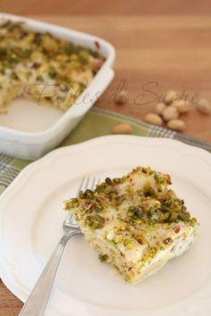 Pasta al forno bianca con pistacchi taleggio e speck