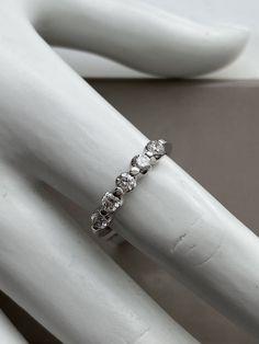 Jonc semi-éternité en or blanc Eternity Bands, Wedding Rings, Engagement Rings, Bracelets, Jewelry, Bangle Bracelet, White Gold, Wedding Ring, Diamond