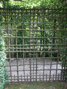Vine Trellis, Garden Trellis, Garden Planters, Garden Privacy, Garden Fencing, Fence, Garden Archway, Pergola, Garden Screening