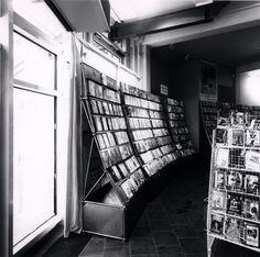 Shop I Interior I Furniture I Design I Video Store Shelf I 1989 I System 180 - Design Made in Berlin
