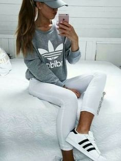 Cute grey or dusty rose pink sweatshirt like this and white pants White Jeans