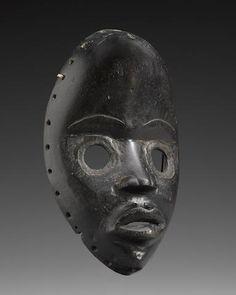 Sold for US$ 4,000 DAN MASK, IVORY COAST https://www.bonhams.com/auctions/21022/lot/155/?category=grid
