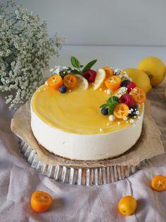 tehdä vaikka paria viikkoa Spring Desserts, Fancy Desserts, No Bake Desserts, Dessert Recipes, Cake Decorating Videos, Cake Decorating Techniques, Chocolate Cake Designs, Fruit Cake Design, Simple Cake Designs