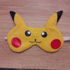 Masque de nuit Incognito adapté en Pikachu cousu par Suzanne - Patron gratuit Sacôtin