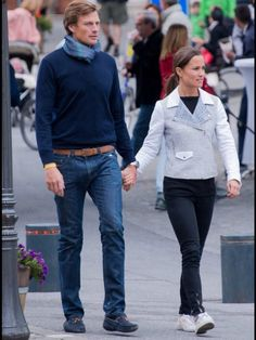 """RT @PippaStyle """"New pics Pippa Middleton and Nico Jackson in Gstaad"""""""