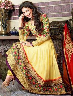 Shop online from latest & beautiful collection of Anarkali suits, Long Anarkalis & Salwaar in Anarkali style. Get designer Anarkali Suits at Best Prices. Costumes Anarkali, Anarkali Dress, Anarkali Suits, Anarkali Churidar, Long Anarkali, Pakistani Frocks, Pakistani Outfits, Indian Outfits, Indian Frocks