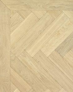 Eiken houten vloer: visgraat enkel gerookt super wit. Soortgelijke vloer living. Belangrijk om te kiezen voor een 'egale' sortering (is wel duurder) en grote houtdelen, voor een rustige en ruimtelijke vloer, die een neutrale, naturelle basis kan bieden voor alle materialen en kleuren.