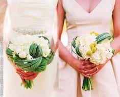 Modern bouquets by Atelier Joya. Elizabeth Messina Photography.