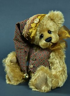 Sebaston - 13 inches.  Created from mohair.  #artistbear #artistbears #teddybear #teddy #handmade