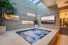 Carbon Beach Terrace Modern Mansion in Malibu, California Jacuzzi Room, Indoor Jacuzzi, Indoor Swimming Pools, Modern Mansion Interior, Malibu For Sale, Malibu Homes, Dream Mansion, Spa Rooms, Home Spa