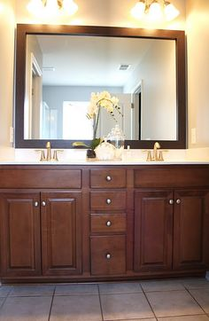 Such a great idea!! I need to have Sam frame our bathroom mirrors...