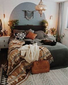 Mid Century Modern and Bohemian Bedroom. Mid century Modern and Bohemian Bedroom Photos. Turn your bedroom into a stylish and relaxing escape with design inspiration from our designers. Room Inspiration, Interior Design, House Interior, Bedroom Decor, Bohemian Master Bedroom, Home, Interior, Modern Bedroom, Mid Century Modern Bedroom