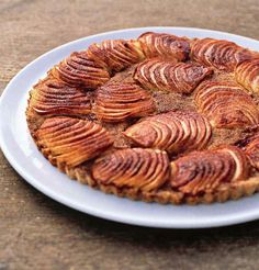 Apple and amaretti tart recipe | Healthy Recipe Tart Recipes, Healthy Recipes, Amaretti Biscuits, Ground Cinnamon, Something Sweet, Melted Butter, A Food, Food Processor Recipes, Waffles