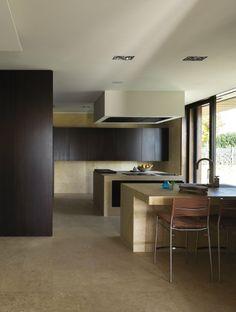 VILLA G. Location: Como, Italia; architects: Arkham; year: 2012
