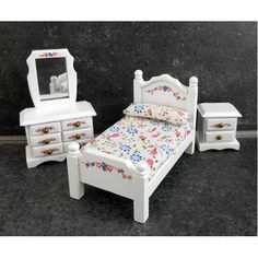 Superb Dolls House Miniature 1:24 Scale White Wooden Bedroom Furniture Set