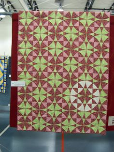 Quiltville's Quips & Snips!!: Quilters Lend a Hand!