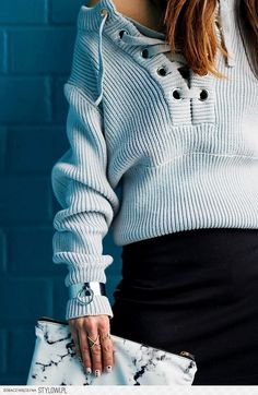 LACED | SWEATER | DailyKongfidence na Stylowi.pl