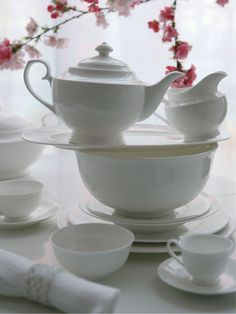 white china is always in fashion!