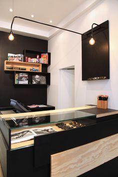 Comptoir-caisse / Boutique FINGER IN THE NOSE / Archi : ATELIER PREMIER ETAGE