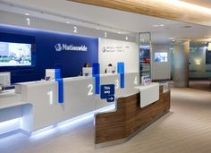 helped Nationwide to exploit the latest technologies and create a 'barrier-less' branch environment. I-AM researched into developing trends for the role of the branch in a multi-channel environment. Corporate Design, Retail Design, Branding Design, Corporate Bank, Workplace Design, Banco Exterior, Bank Interior Design, Banks Office, Reception Desk Design
