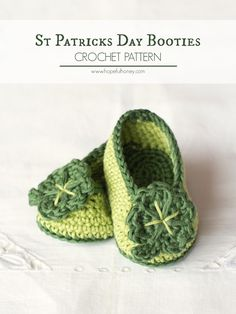 St Patricks Day Shamrock Baby Booties - Free Crochet Pattern
