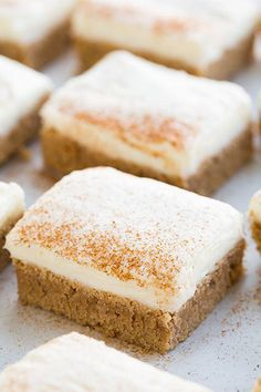 S'mores Cannoli S'mores Cookies Cinnamon Roll Sugar Cookie Bars - Cooking Classy Cookies 'N Cream Cupcakes Rolled Sugar Cookies, Sugar Cookie Bars, Cinnamon Sugar Cookies, Baking Recipes, Cookie Recipes, Dessert Recipes, Bar Recipes, Recipies, Just Desserts