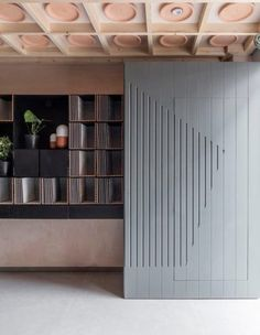 Wood paneling details - Porcelain Gallery Project in Central London by Simon Astridge Architecture Workshop Commercial Interiors, Top Interior Design Firms, Interior Design, House Interior, Shop Interiors, Home, Commercial Interior Design, Ceiling Design, Office Design