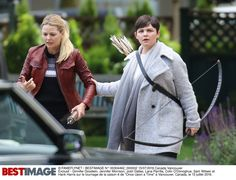 "Ginnifer Goodwin and Jennifer Morrison - Behind the scenes - 6 * 1 ""The Savior"" - 12th July 2016"