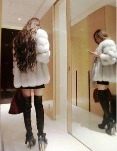 Real Genuine Fox Fur Jacket Coat Outwear Garment With Hood Ladies Vintage Fox Fur Jacket, Fox Fur Coat, Fur Coats, Hair Movie, Rabbit Fur Coat, Ulzzang Korean Girl, Very Long Hair, Beautiful Long Hair, Fur Fashion