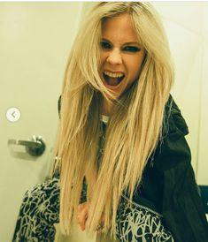 Avril Lavigne Style, Avril Lavigne Photos, Rainha Do Rock, Ramona Singer, The Best Damn Thing, Pop Punk, Bombshells, Punk Rock, Celebrity Style