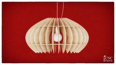 Lampada di TOKYO - 2 misure diverse e opzioni di spessore allinterno del file zip!  Dimensione file 01.37 H x 46 W x spessore di L 46 cm materiale: 3 mm Dimensione file 02.37 H x 46 W x spessore di L 46 cm materiale: 1/8- 0,125 pollici - 3, 17mm Possono essere utilizzati diversi materiali: legno, compensato, polistirolo, cartone, plexiglass, ecc.  CHE COSA OTTERRETE Scarica 1 file ZIP contenente le seguenti operazioni: » PDF con istruzioni generali e manuale di montaggio » DXF (AutoCAD 2...