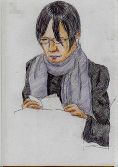 グレーのマフラーのお姉さん  It is a sketch of the woman of black hair.  I drew on the train going to work.