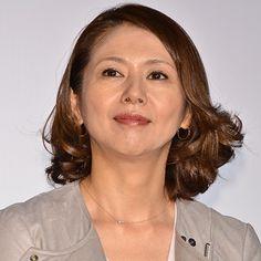 (画像7/8) 小泉今日子 - 坂口憲二、小泉今日子の冷やかしに照れ顔