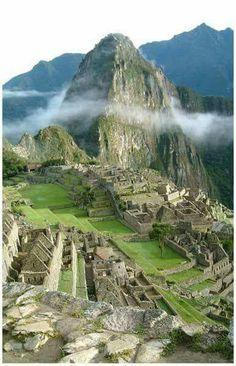 Machu Picchu, Peru   esperteza.com #EspertosEViajados #EspertosESábios #TravelSpots #TravelSpots #travel #travelling #trip #viagem #viagens #viajar  #amazing #amazingplace #amazingview #machupichu #peru