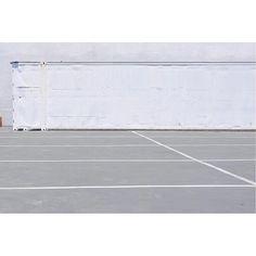 Parking Lot - http://ift.tt/1T5JTv5 #minimalzine #noicemag #fdicct #archivecollectivemag #rentalmag #lekkerzine #subjectivelyobjective #minimalmood #thisveryinstant #oftheafternoon  #thentherewasus #minimalism #myfeatureshoot #heylovlab @mrneilmason #mrneilmason #motherlondon #minimalist #minimalism #archivecollectivemag #brettmagazine #phroommagazine #lasvegas #vagas #minimalist #creativereview #neilmasonphotography @archivecollectivemag #architecturephotography #neilmasonphotograpy…