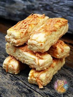 Biskut biscuit Cheddar Cheese Biscuits, Cheese Cookies, Biscuit Cookies, Biscuit Recipe, Cokies Recipes, Dessert Recipes, Recipies, Fancy Cookies, Yummy Cookies