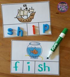 These fun, hands-on digraph activities were designed to help students practice segmenting and spelling words with beginning and ending digraphs th, sh, ch, and wh. These activities work well as word work center activities in first grade and second grade. First Grade Words, First Grade Phonics, Teaching First Grade, First Grade Reading, First Grade Classroom, Second Grade, Grade 1, First Grade Art, Word Work Centers
